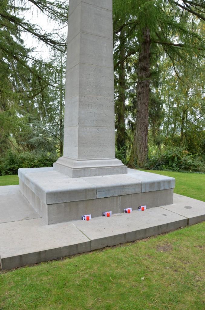 Militärfriedhof in Mons_Bildgröße ändern