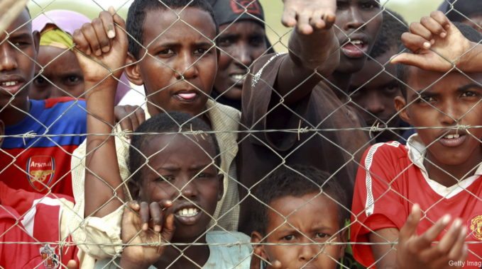 Famine-in-Africa-Dadaab-Refugee-Camp-000024448864_Double - Kopie