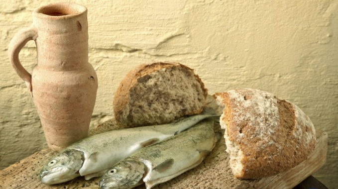 Fish, bread and wine as symbols of Jesus life
