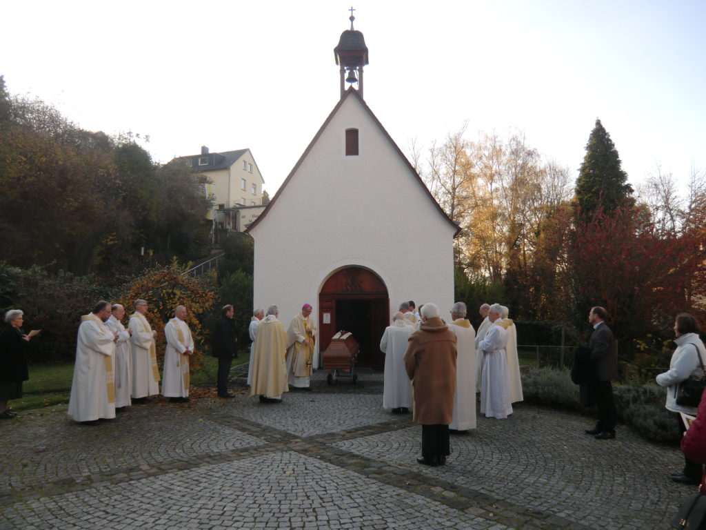 161108-beisetzung-pastor-kuenster-110
