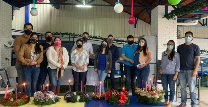 Costa Rica matrimonios jovenes