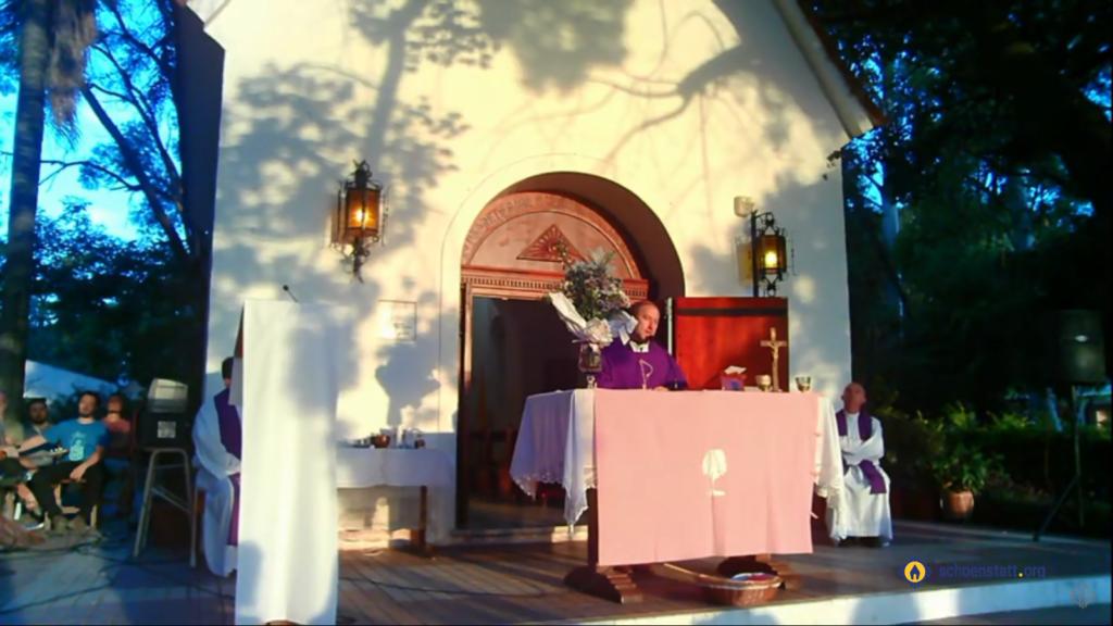 Misa en La Loma por Beby Asencio
