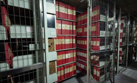 Vatikan Archive
