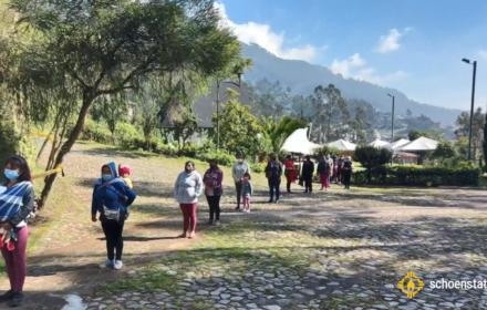 Quito bolsos de caridad