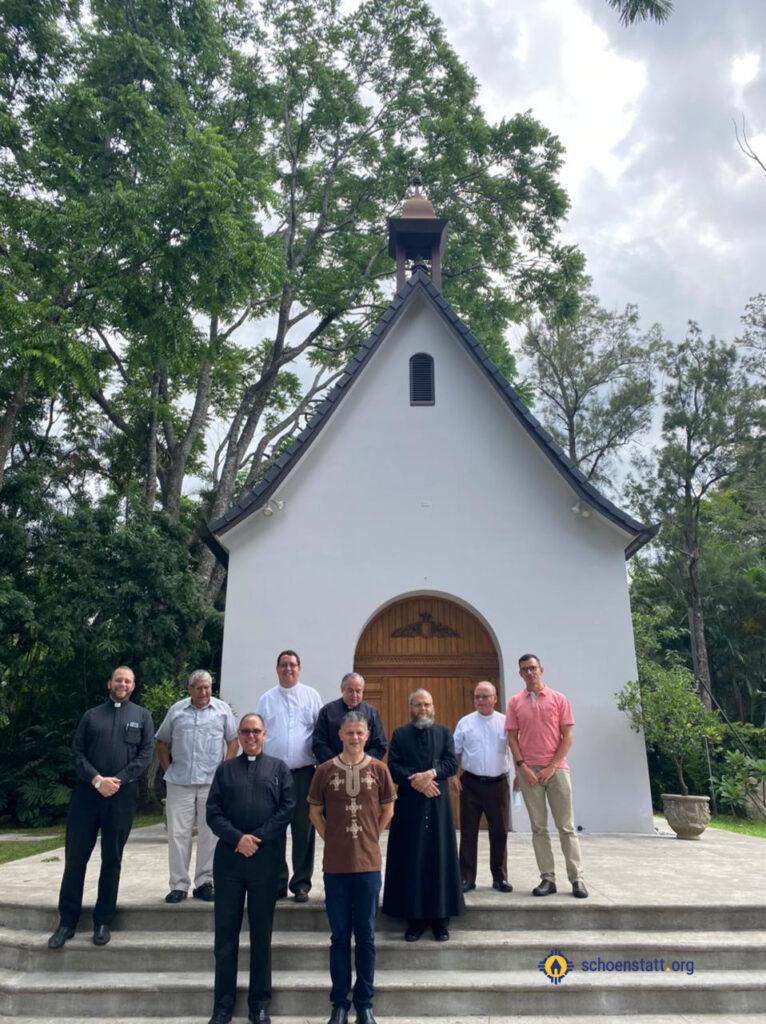 Sacerdotes diocesanos