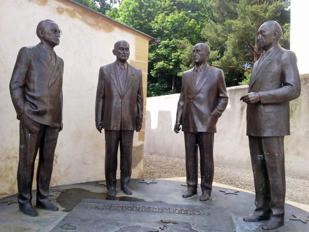Robert-Schuman_Monument_Scy-Chazelles
