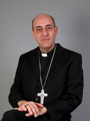 Mons.  Víctor Manuel Fernández