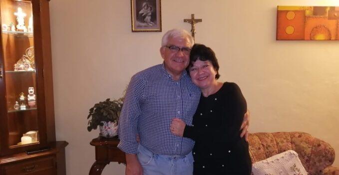 Juan junto a su esposa María Elena Dinamarca