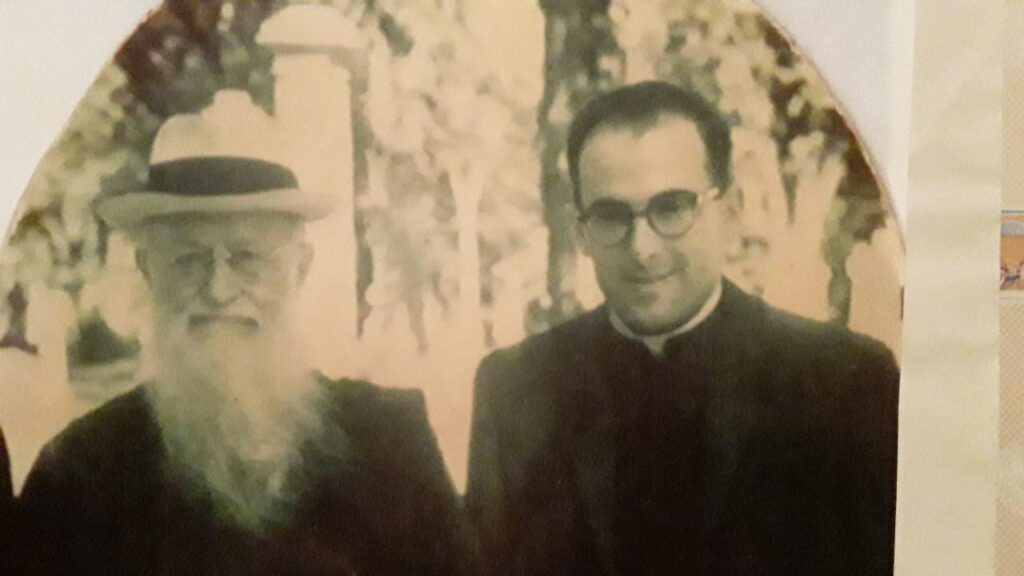 Sergio Mena con el P. Kentenich